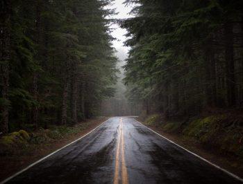 نکاتی که حین رانندگی در شرایط بارانی باید بدانیم (قسمت دوم)